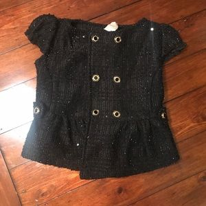 Girl size 4 buttons In front